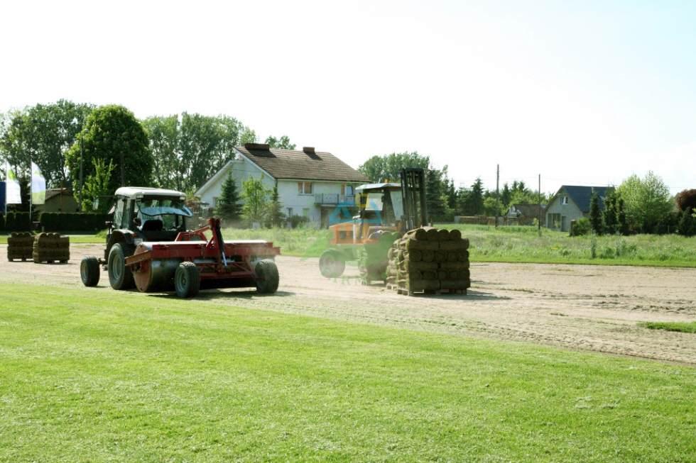 zrolowywanie trawnikow